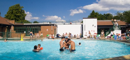 Outdoor pool timetable
