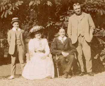 Ever wondered what your great-grandfather did for a living? Family historian Jacqui Kirk will show you how to trace your family's history online.