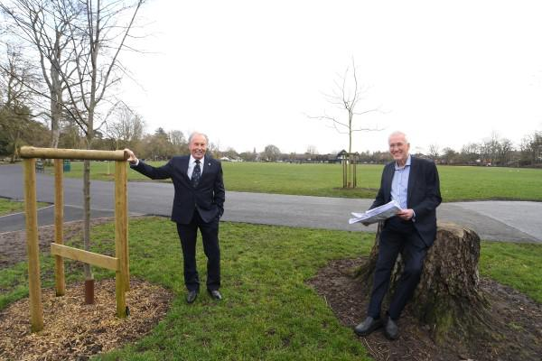 Brian Bassett from The Rotary Club of Royal Leamington Spa (left) with Alistair Clark from AC Lloyd at Victoria Park